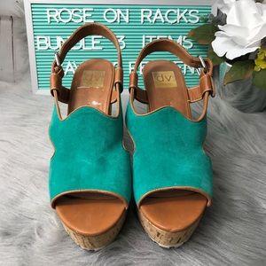 Dolce Vita Wedge Sandal Turquoise size 10